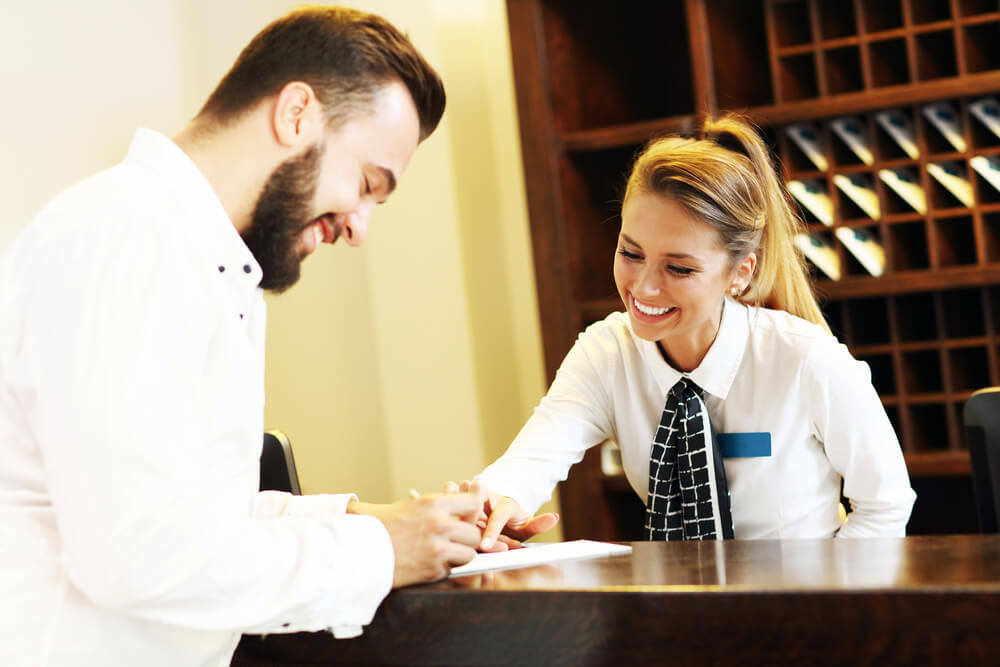 Putting the Service Worker in Customer Service